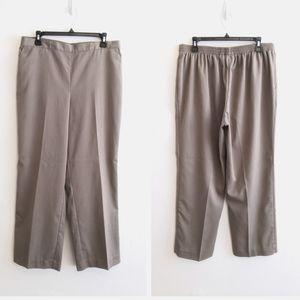 ALFRED DUNNER - Tan Pull-On Slacks Dress Pants